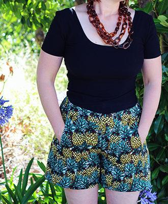 Amanda vs Iris Shorts