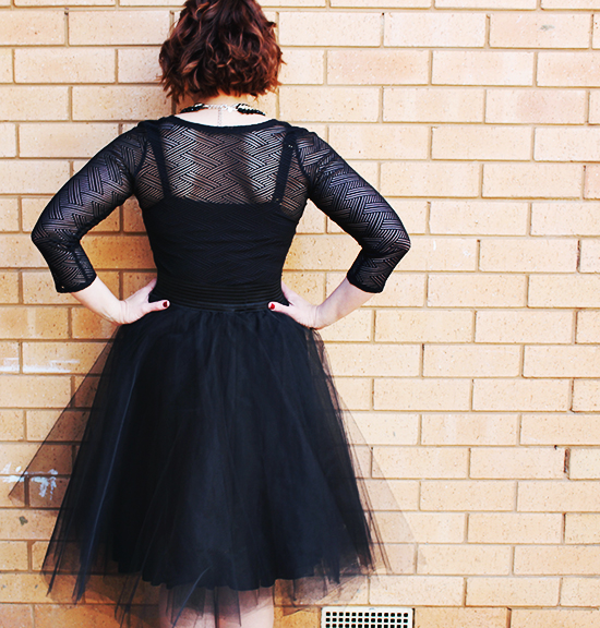 Tulle-Skirt-Back