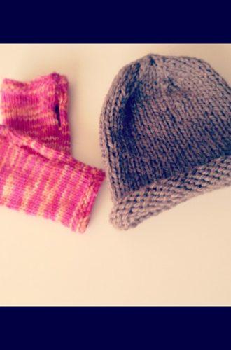 Amanda Attempts Knitting
